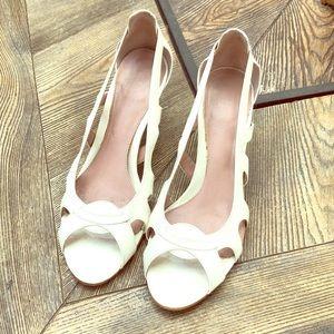 Calvin Klein White Patent Leather Heels!